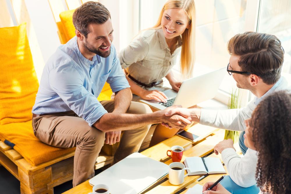 ビジネス英語で挨拶をするときの10個のコツ