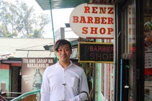 バギオの床屋さんで髪を切る体験の写真